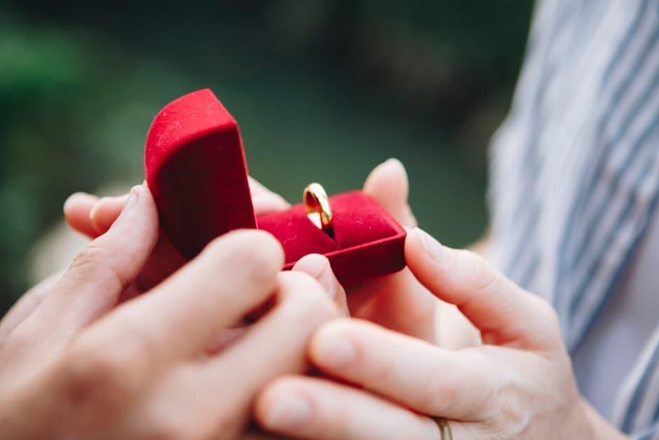 モテる男がプロポーズする瞬間の画像