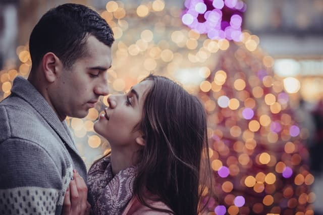 恋愛依存女子の画像