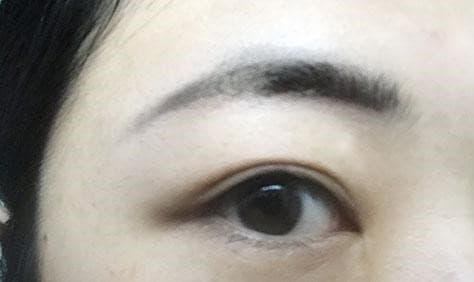 眉毛のメイクをするときのコツ