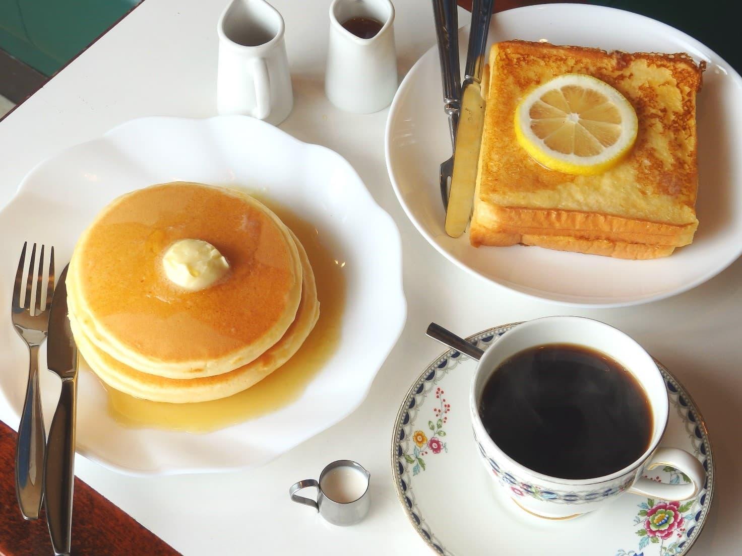 JR総武線平井駅近くにある純喫茶「珈琲 ワンモア」