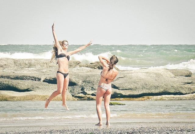 Happy Girls on the Beach of José IgnácioByjvc