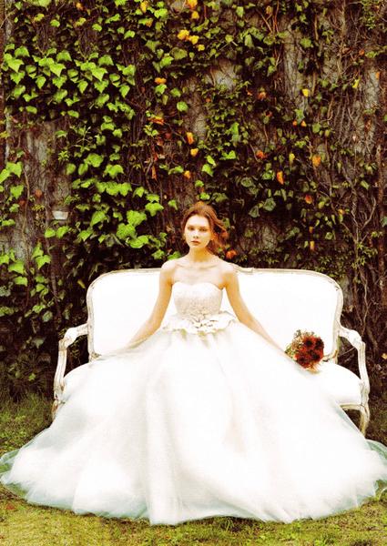 アーネラ クロージング ドレス 画像