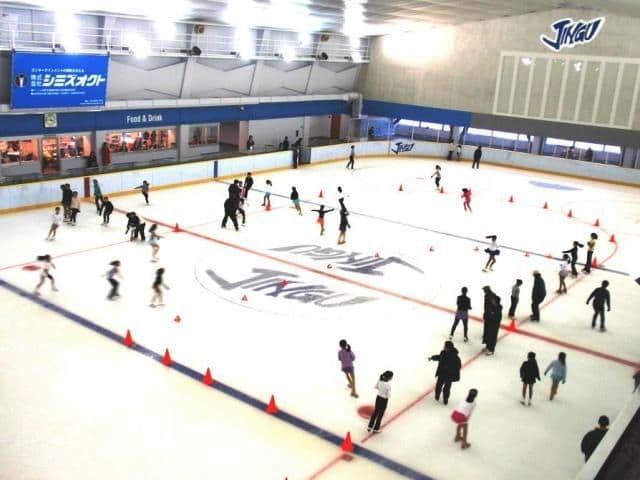 スケート場内写真