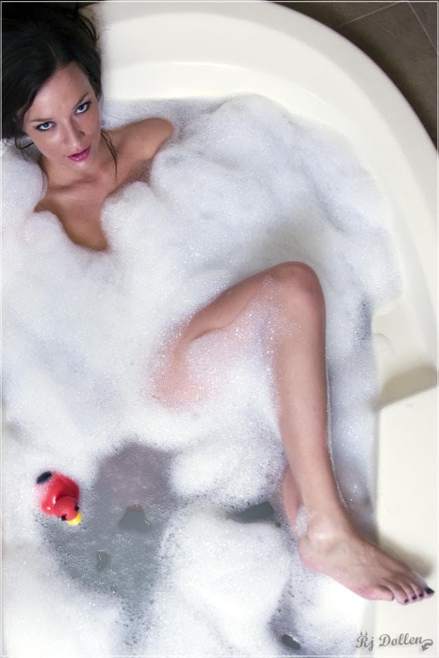 OLIVIA LOVEポジ クンニ マンコ クリトリス オーガズム セックス 性交痛 エロス 松葉崩し ポルチオ おっぱい 乳首 乳房