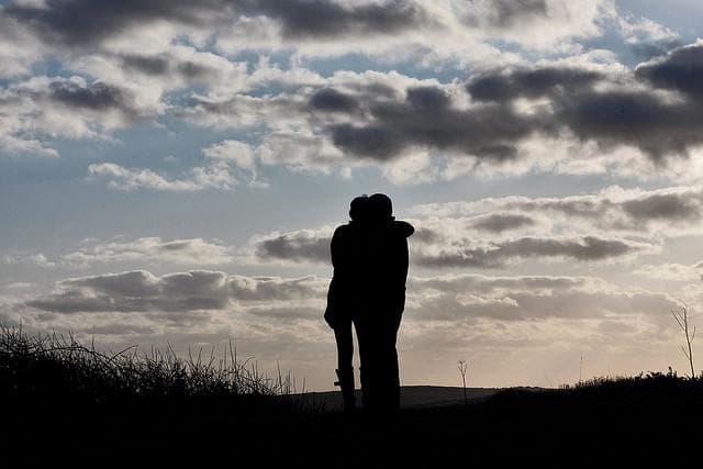 ハプニングバー セフレ 恋愛 セフレと恋愛はできるのか