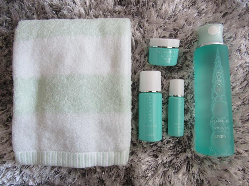 夏 美容 すっぴん肌 美白 保湿 化粧水 アクアフォース オルビス