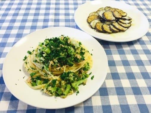 まいったねえ いたわりご飯 ヒモ レシピ ご飯 ツナとブロッコリーのパスタ 茄子の粉チーズ焼き