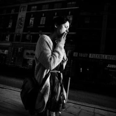 かわいがられたがる日本人女性、美しいと崇められたいパリ人女性