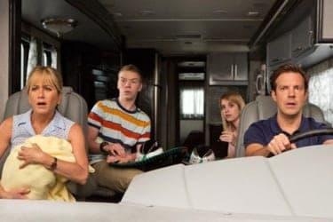 """批評家酷評なのに全米ヒット!みんな""""幸せそうな""""家族を演じている『なんちゃって家族』"""