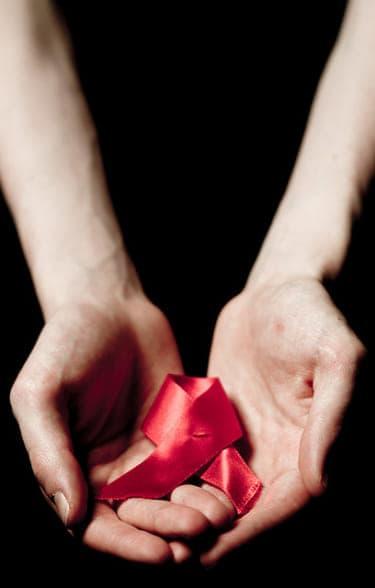 12月1日は世界エイズデー!コンドームを正しくつけられていますか?