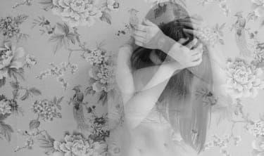 今年の失恋は今年のうちに!心痛めた恋が来年実を結ぶために必要なこと/大人女子と子供おばさんの恋愛の違い