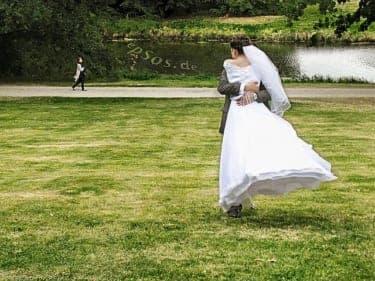 「ついに恋愛を手放すのか…」恋多き女性の結婚後はどうなる!?