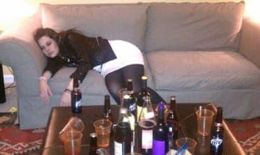 口説いたらいけない人と飲むときも俺のクララが立つから困る