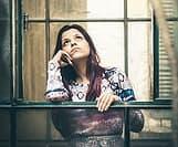 寂しすぎる夜に独身女子が気を紛らわす5つの方法