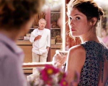 不倫を繰り返すエロい人妻と不倫を監視する隣人…『ボヴァリー夫人とパン屋』