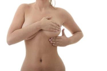 乳首の愛撫はソフトに!胸だけでイッちゃう正しいおっぱいの触り方