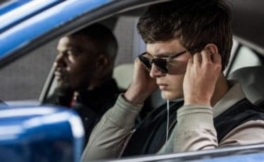 座って観たくない。もはや、叫びたい。恋の衝動がすごい『ベイビー・ドライバー』