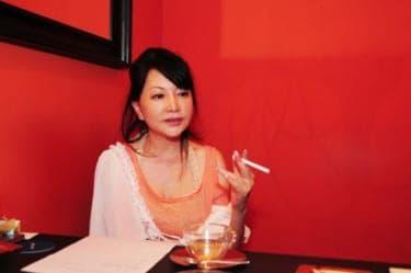 中村うさぎインタビュー:男はマザコンというけど、女もお母さんを求めてる