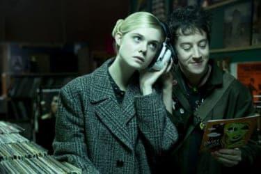 星を越えた恋愛×パンクロックが常識をぶち壊す『パーティで女の子に話しかけるには』