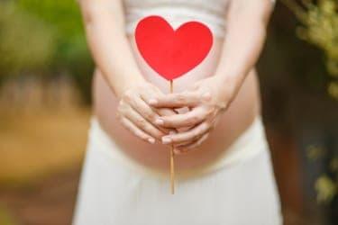 「膣内環境」整ってる?妊活やニオイ対策を助ける愛用アイテム