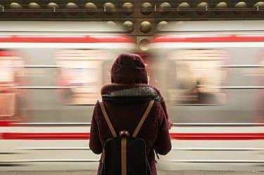 日本ほど一人行動しやすい国はない。「さびしい」の思い込みを取り除こう