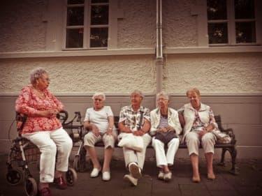 夫婦の老後、どう考えてもお金が足りない!「社会のお世話になる」以外の選択肢