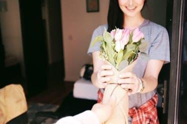 彼女のいる人と付き合っています…でも他の男にも愛されたい/ものすごい愛
