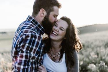 怒るでもなく、守るでもなく……痴漢への夫の意外な対応に救われた