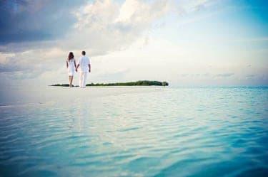 """島男に島時間!魅力たっぷりな""""島婚""""で夢のリゾート結婚生活"""
