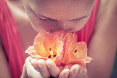 好きな匂いの男性は相性がいい!私たちのDNAと匂いの関係性