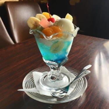 桃色、緑色、そして青色…うっとりする「ソーダパフェ」を求めて、京都に行こう