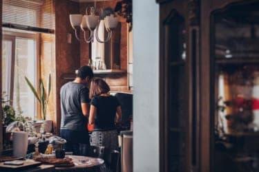 在宅なのに家事分担が偏ってない?今こそ夫婦関係を見直そう