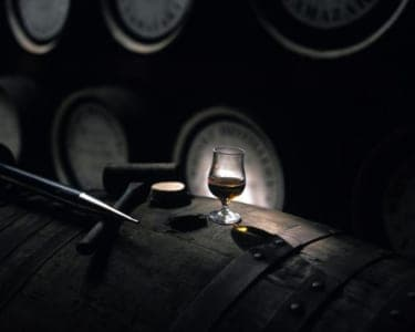 オトナの酒を嗜む2人に! ザ・キャピトルホテル 東急の『シングルモルトウイスキー山崎 セミナー』