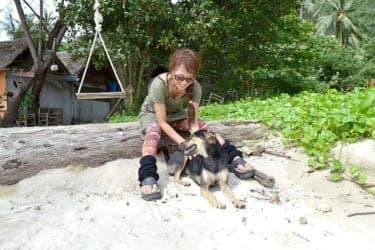 タイ人の旦那様と緑豊かなリゾート・チャン島で生活するkimieさん(前編)