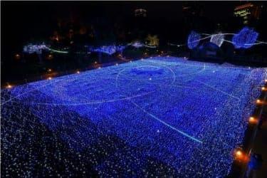 ダイナミックな光と音の演出!『ミッドタウン・クリスマス2012』