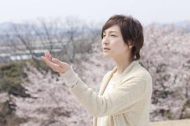 娘を亡くした妻、それを支える夫の先にあるものとは『桜、ふたたびの加奈子』