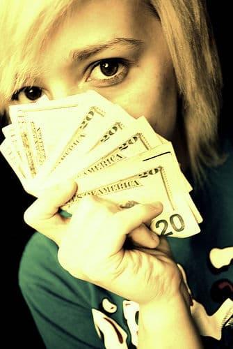 奢ってもらってるけどちっとも楽しくない…心的負債に注意!