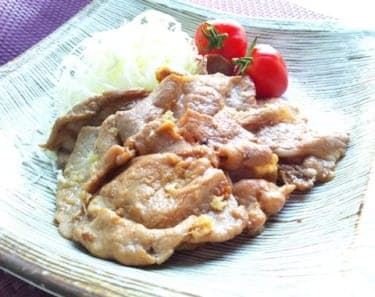 頑張りすぎない家庭料理を演出!男を絶対掴む豚肉の生姜焼きレシピ(2)