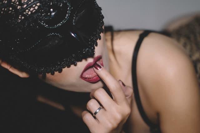 クンニされて快感を得る女性の画像