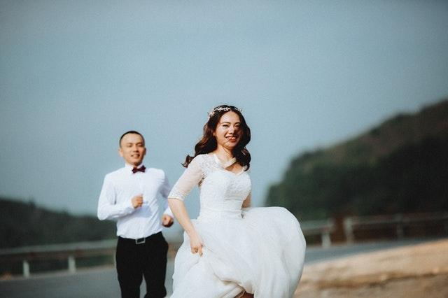 結婚はハードワークだから前後でハイにもブルーにもなるのは当然